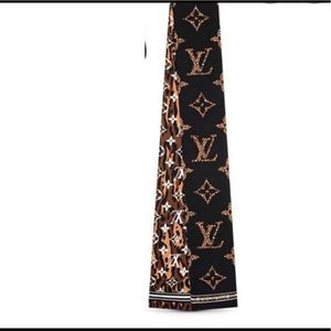 Hard to Find Louis Vuitton Giant Jungle Bandeau